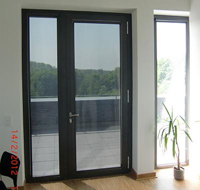 rollos ohne bohren sonnenschutz rollo ohne bohren. Black Bedroom Furniture Sets. Home Design Ideas