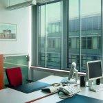 Schallschutzrollos für Bürofenster